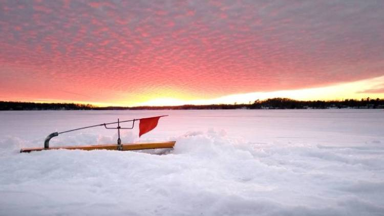 6 Top Spots for Ice Fishing in Wisconsin